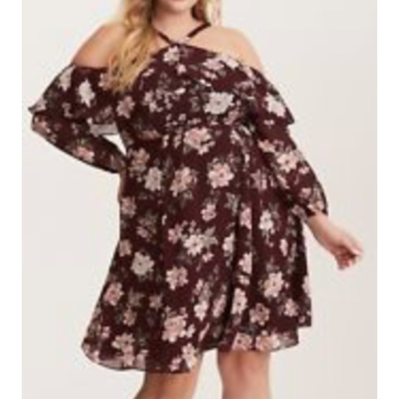 2fc2fe7e473 ... Torrid cold shoulder burgundy floral dress. M 5ac2a7a92c705d3ba00077d9